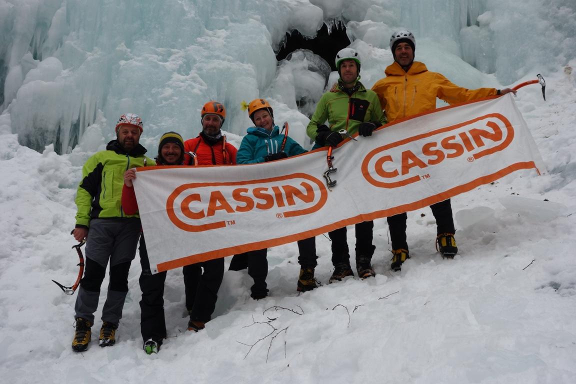 Stage Cascate di Ghiaccio Test attrezzatura CASSIN